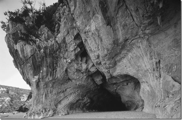 Höhlen Cala Gognone sw