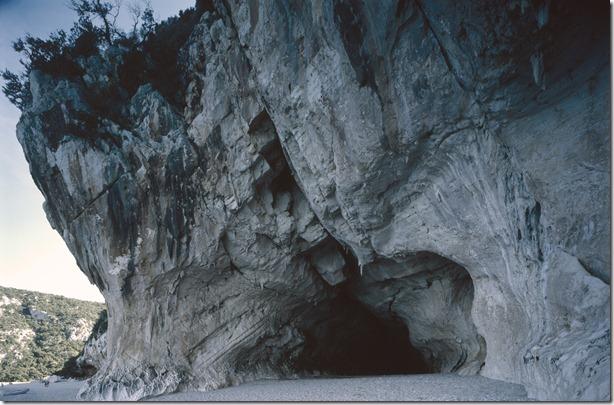 Höhlen Cala Gognone
