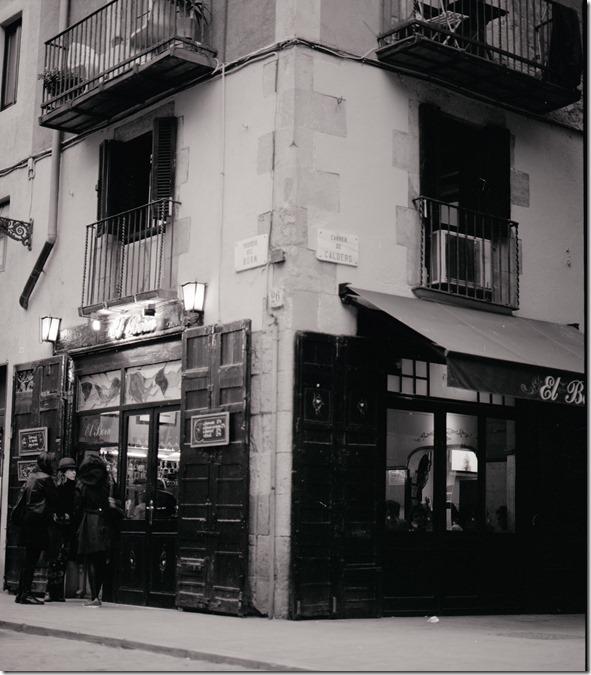 Cafe El Born BW 1600
