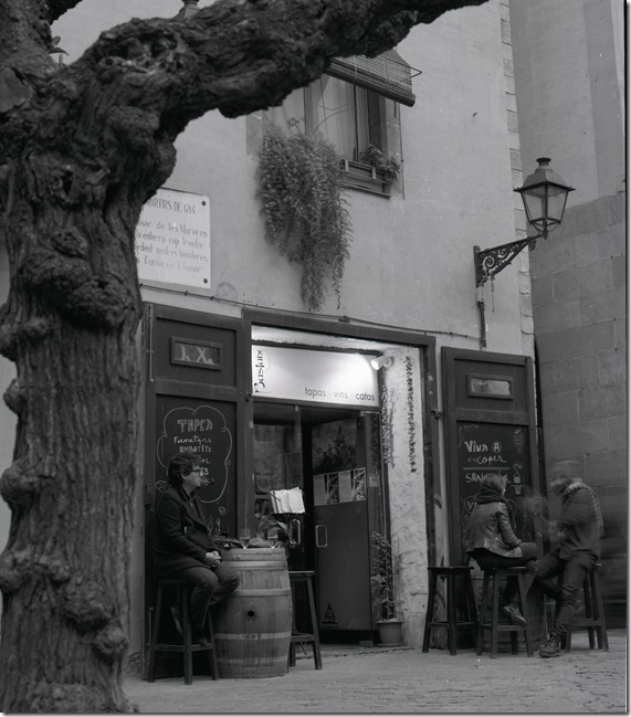 Cafe in Born BW 1600