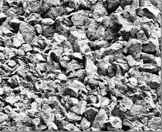 Rock with parts Excerpt BW 2400