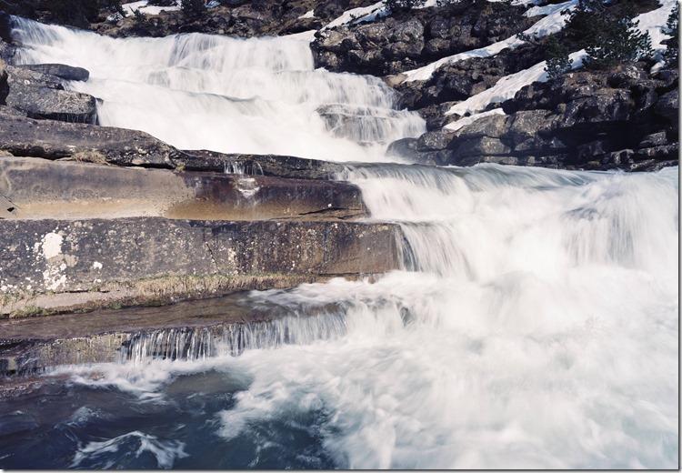 Waterfall C 2400