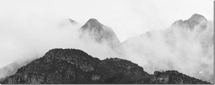 Mountains in Mist BW 2400