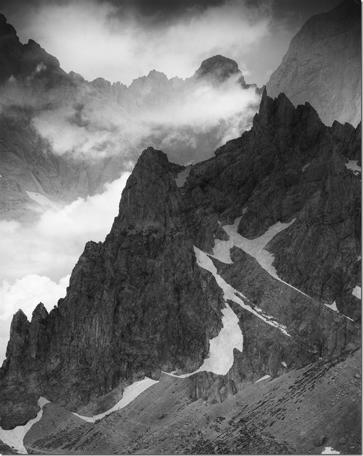 Mountains Overlay BW 2400